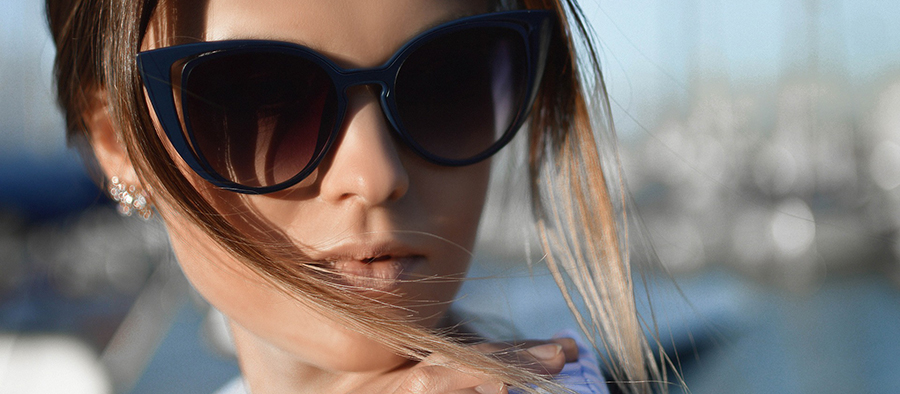 Match that Look - Get the latest Celebrity Eye Wear Fashion