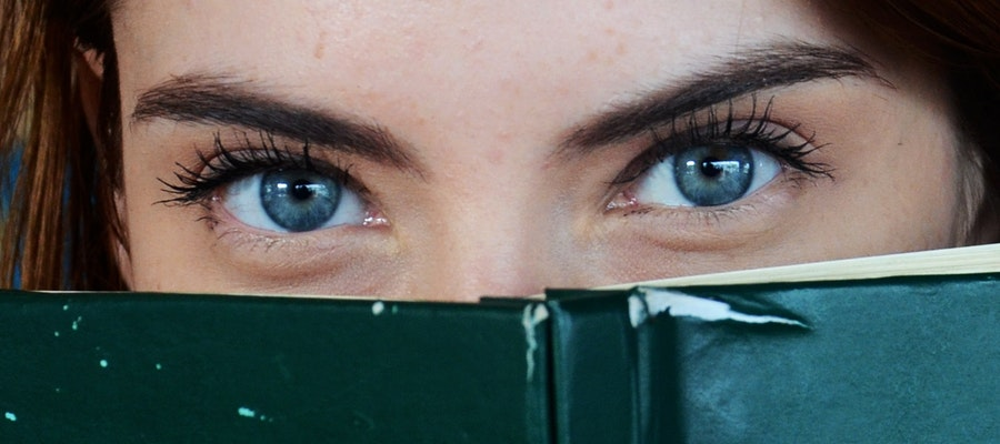 Why your Hormones may cause Dry Eyes