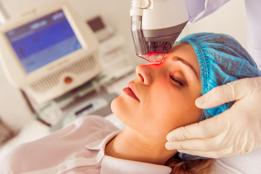 How Intense Pulsed Light (IPL) can Help Treat Dry Eyes